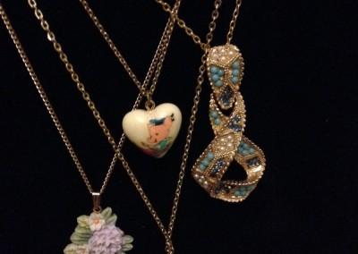 Miss Magpie Vintage Jewellery